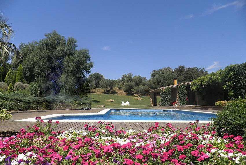 Masia con Piscina y Pádel Vista Jardin