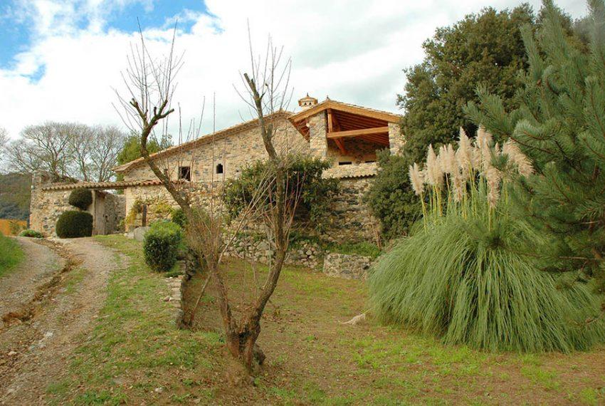 Masia-Restaurada-Cerca-de-Girona-Principal