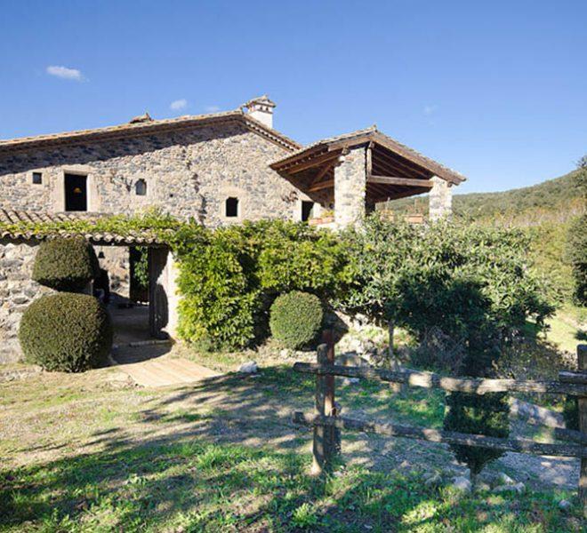 Masia Restaurada Cerca de Girona