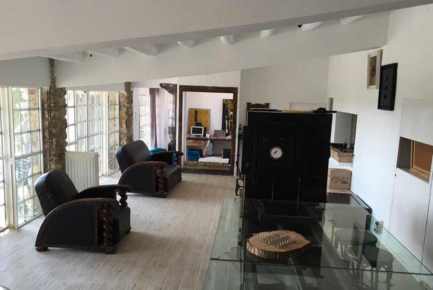 Magnifica-Masia-para-Proyecto-de-Hotel-Butacas1
