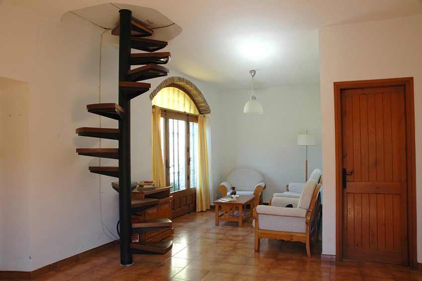 Casa-Rustica-Interior-Emporda-Entrada