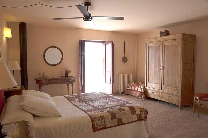 Casa-Turismo-Rural-en-Venta-Enric-12