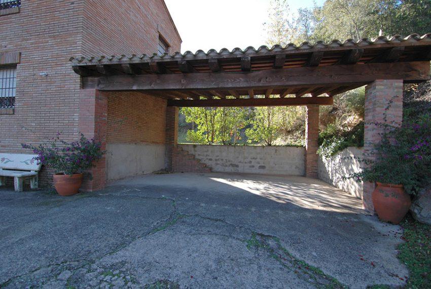 Casa-con-Piscina-Cubierta-en-Urbanizacion-19