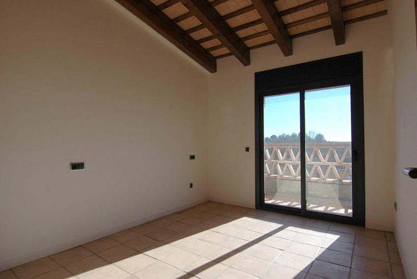 Casa-Obra-Nueva-Estilo-Rustico-Habitacion-2