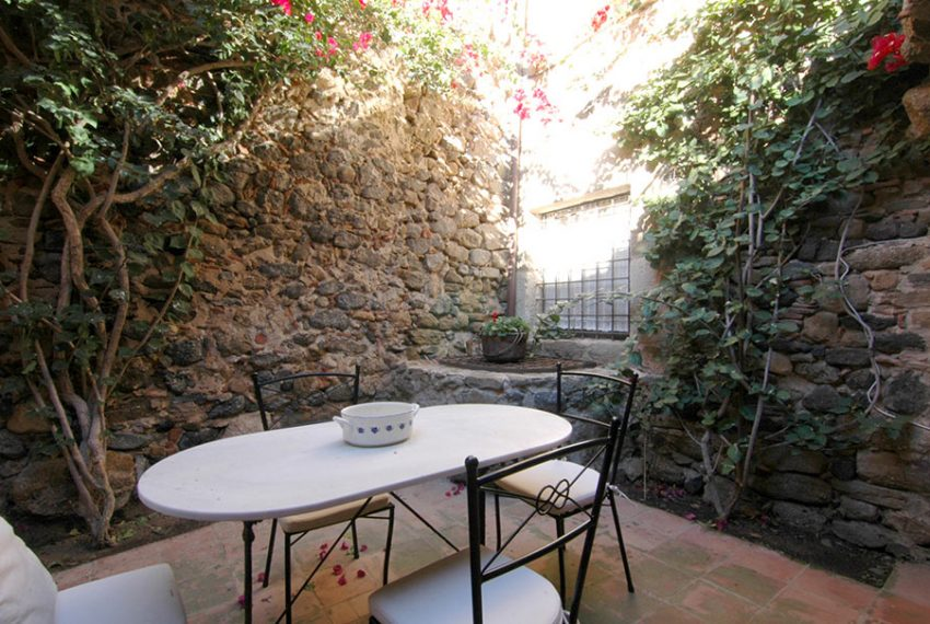 Casa-Rustica-Patio-Interior-6