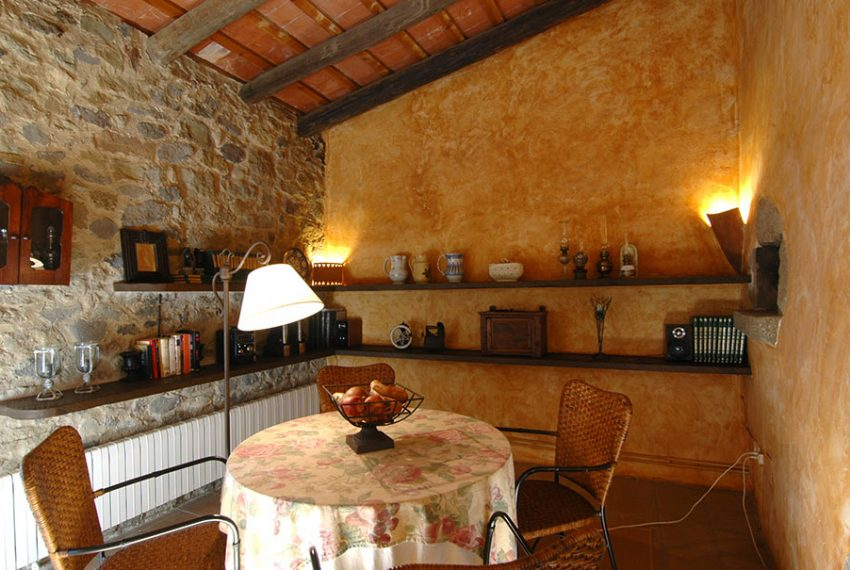 Casa-Rustica-Patio-Interior-12