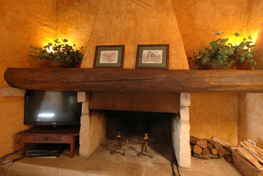 Casa-Rustica-Patio-Interior-13