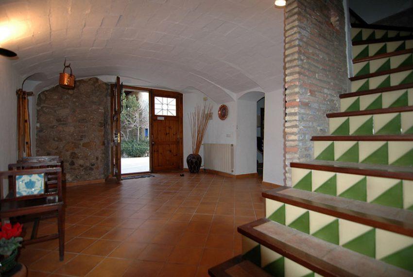Casa-de-Pueblo-en-el-Emporda-Escaleras