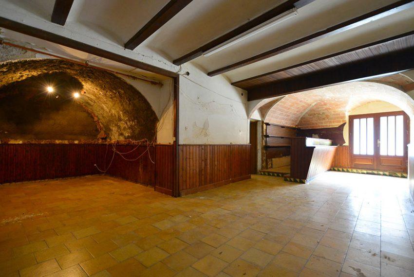 Casa-para-Restaurar-en-el-Centro-del-Pueblo-4