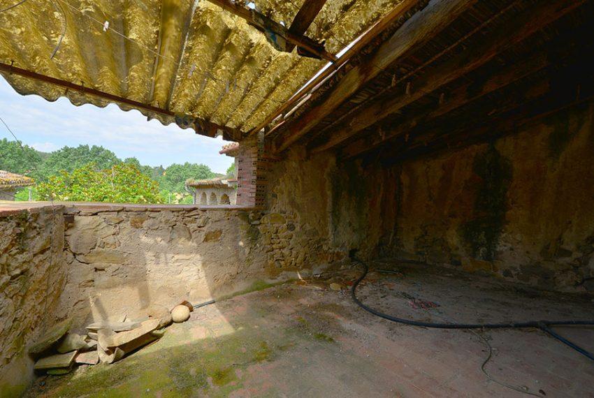 Casa-para-Restaurar-en-el-Centro-del-Pueblo-13