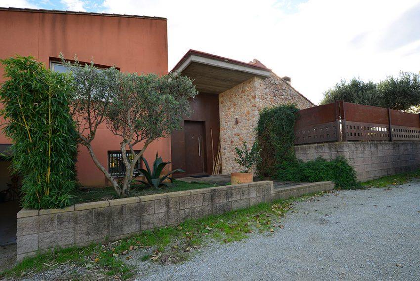 Casa-con-Jardín-Navata-23