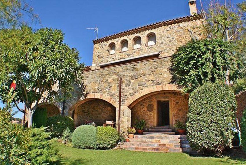 Casa-Rustica-Foixa-1