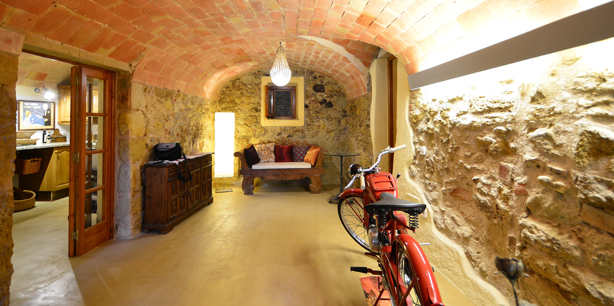 Casa de Piedra Restaurada en Pals