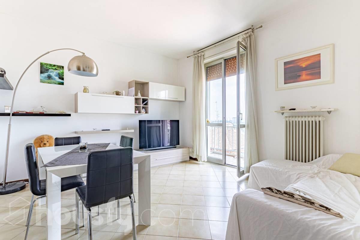 5 case in vendita in provincia di Milano