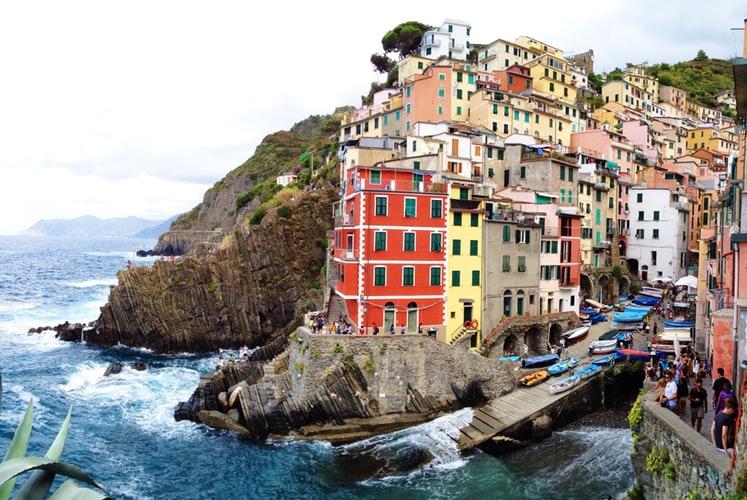 vendere casa agli stranieri - Liguria