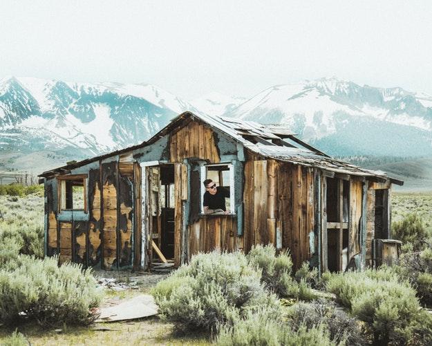 Ocupar legalmente una casa abandonada | Housfy