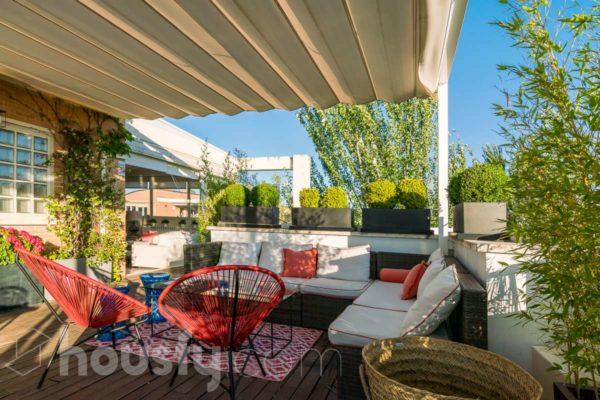 Casa con terraza en Valdemarín