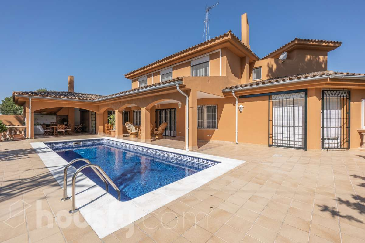 Casas familiares con piscina en Palma de Mallorca
