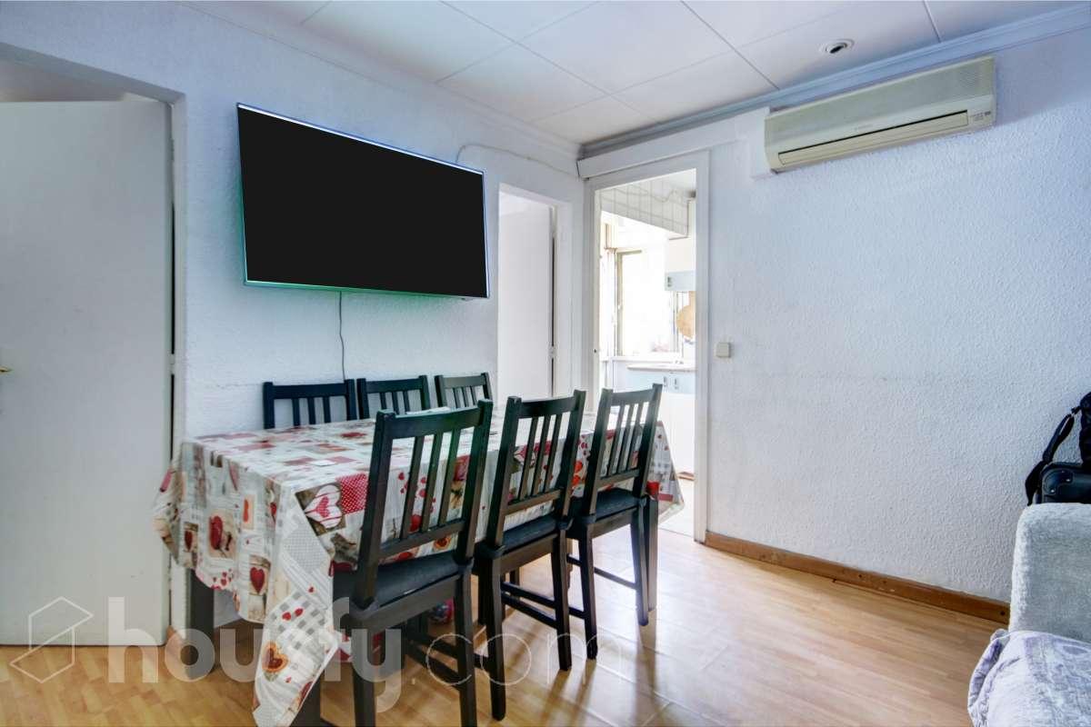 inmobiliaria housfy vende piso en Carrer d'Aiguablava