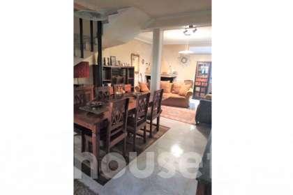 Casa in vendita a Via Dedoni