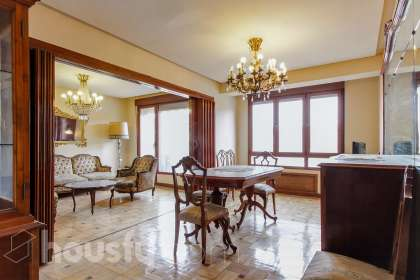 inmobiliaria housfy vende piso en Calle Viaducto ing Marquina