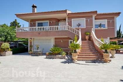 Casa en venta en Calle Acequia Nueva