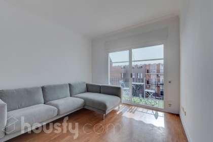 inmobiliaria housfy vende piso en Calle Ravella