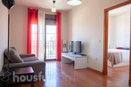 inmobiliaria housfy vende piso en Av. Rosaleda