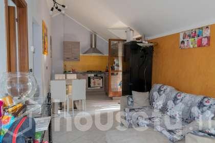 Appartamento in vendita a Strada Comunale del Villaretto