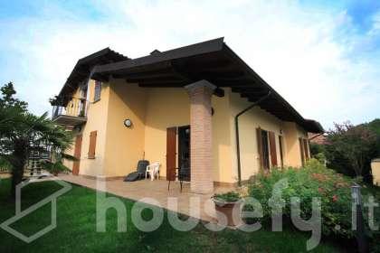 Casa en venta en Via Mons C. Angelini