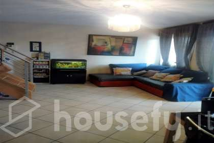Appartamento in vendita a Via Giovanni Gentile