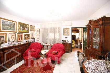 Casa in vendita a Via Jenne