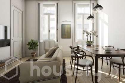 Apartamento para venda em Rua de Egas Moniz