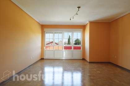 inmobiliaria housfy vende piso en Sta. Cecilia