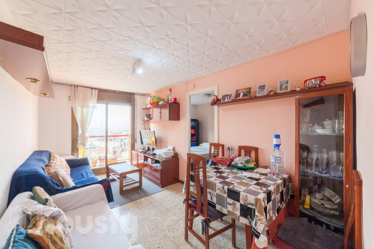 inmobiliaria housfy vende piso en Carrer de Rodrigo Caro