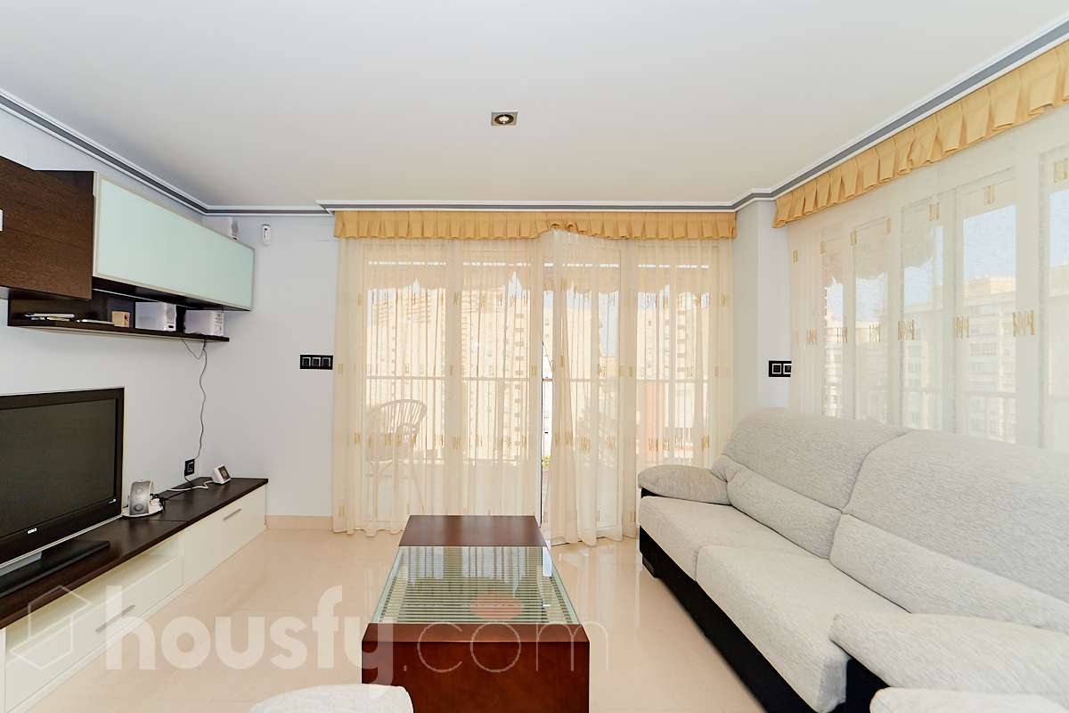 inmobiliaria housfy vende piso en Av. San Sebastián