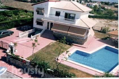 Casa en venta en Las Zarzas