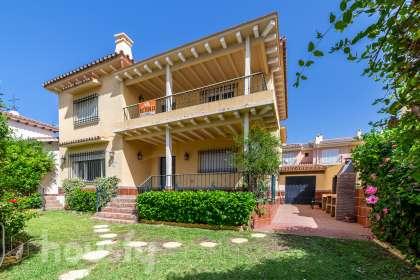 Casa en venta en Calle Torreblanca del Sol