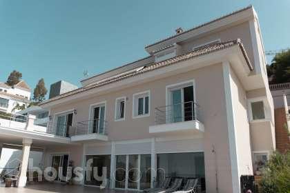 Casa en venta en Calle Lavanda, Marbella, España