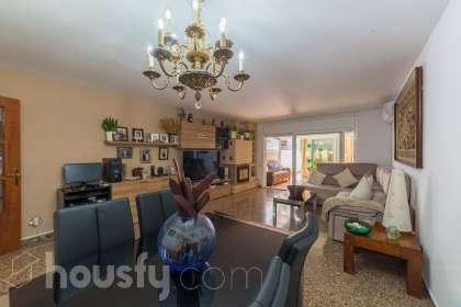 Casa en venta en Carrer de l'Urgell