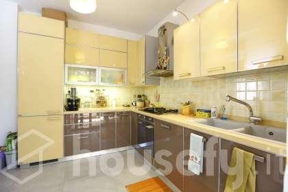 Appartamento in vendita a Via Bompietro