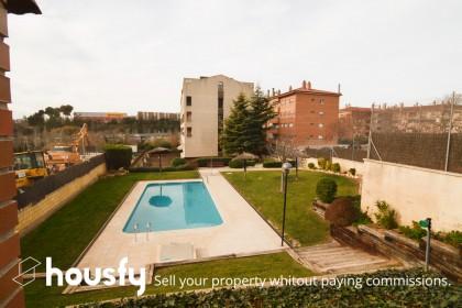 inmobiliaria housfy vende duplex en Pasaje Ciutat De Mendoza