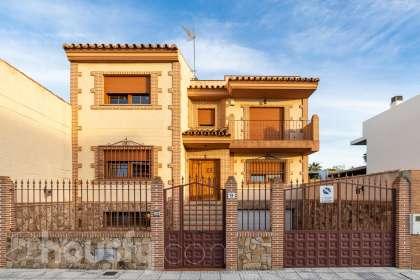 inmobiliaria housfy vende casa en Calle Cantar de los Cantares