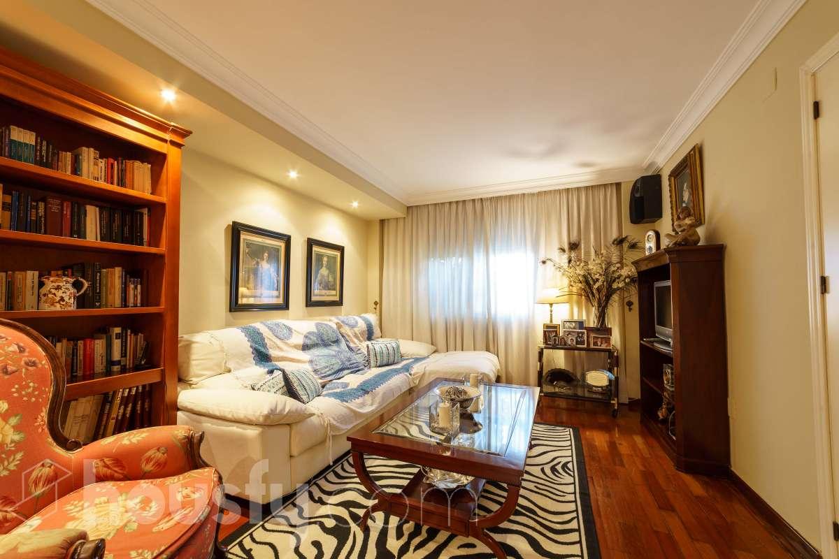 inmobiliaria housfy vende casa en Calle Balzac