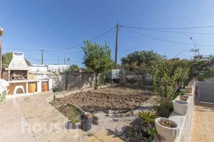 inmobiliaria housfy vende casa en POLIGON 39 197(A)