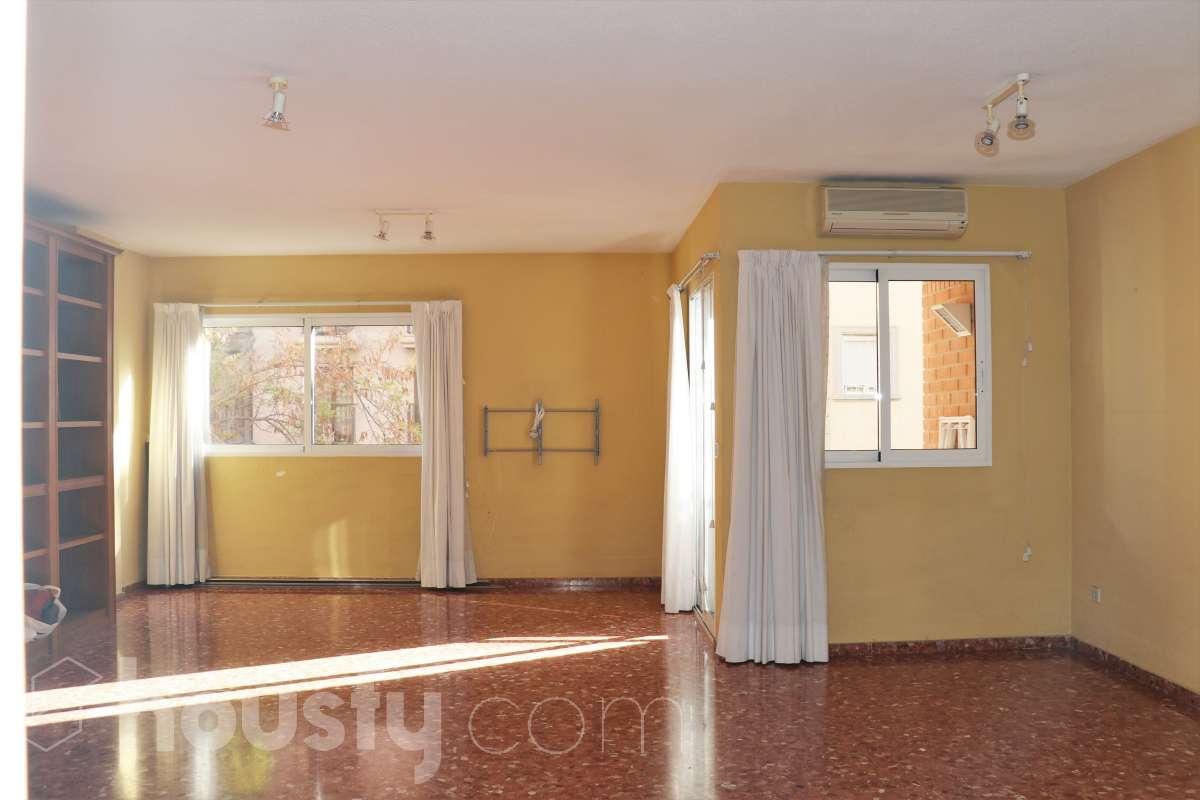 inmobiliaria housfy vende piso en Carrer del Vinalopó