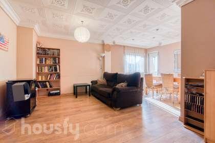 inmobiliaria housfy vende piso en Carrer Mas Pellicer