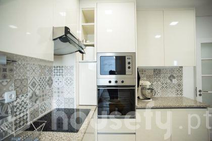 Apartamento para venda em Rua Vasco Lobeira