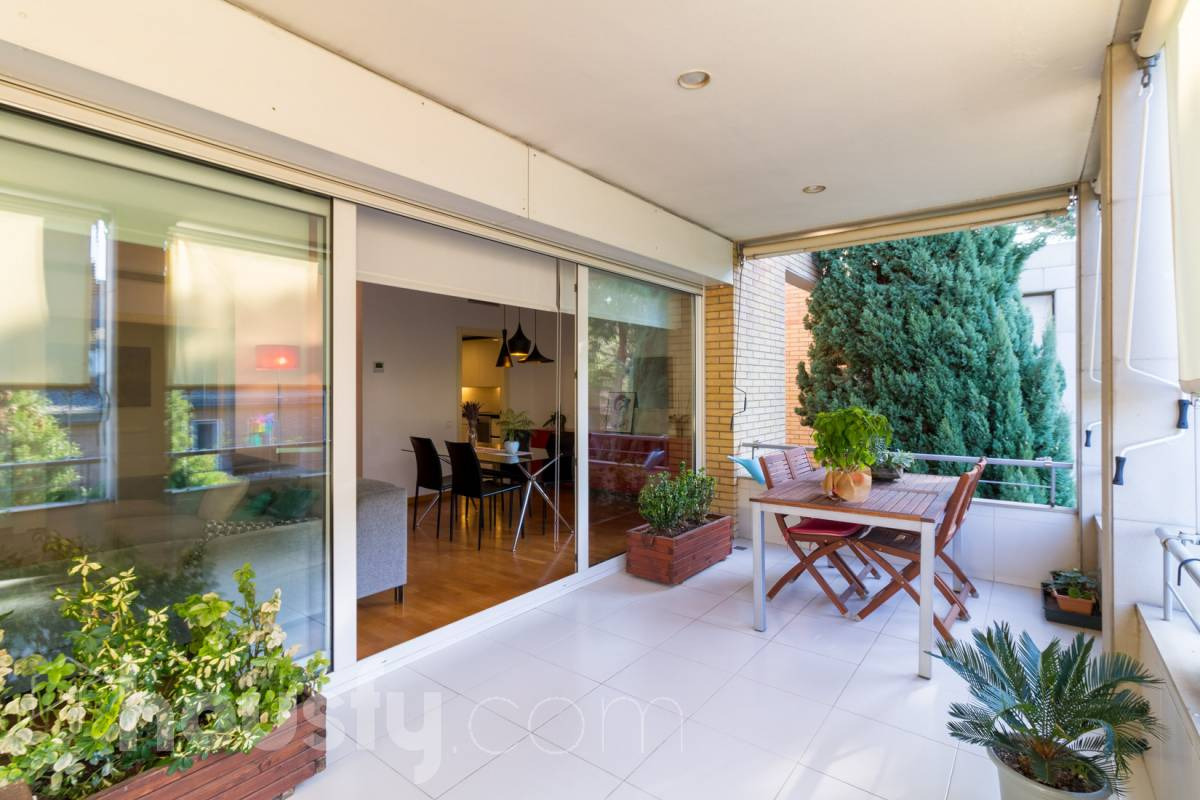 inmobiliaria housfy vende piso en Carrer de Sant Rafael