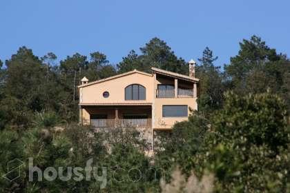 Casa en venta en Cami de Montbarbat
